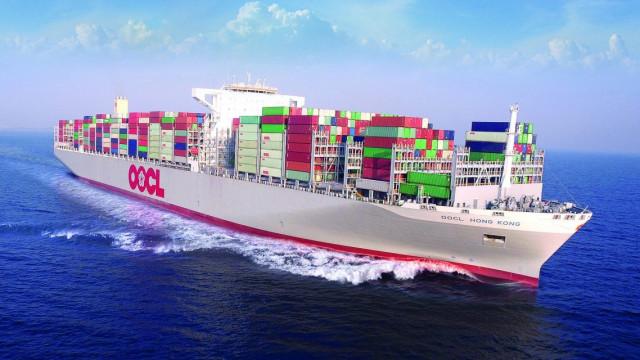 OOCL tính phụ phí Bờ Tây Hoa Kỳ, với lý do tắc nghẽn nghiêm trọng ở các cảng