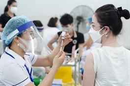 Bộ Y tế: Lao động đã tiêm đủ vaccine không cần xét nghiệm nCoV